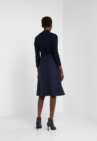 TWINSET - Pletené šaty - mid blu - 2