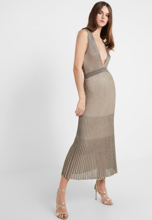 Jumper dress - silver/gold