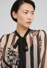 TWINSET - CAMICIA - Blouse - off-white/black - 3