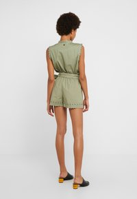 TWINSET - Shorts - oil green - 2