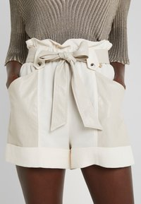 TWINSET - Shorts - antique white - 5