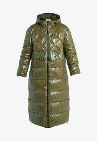 TWINSET - PIUMINO CIRE - Down coat - military gold - 3
