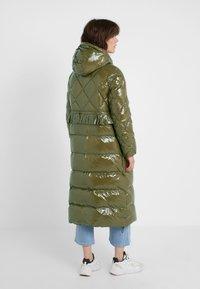 TWINSET - PIUMINO CIRE - Down coat - military gold - 2