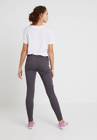 TWINTIP - Jeans slim fit - grey - 2