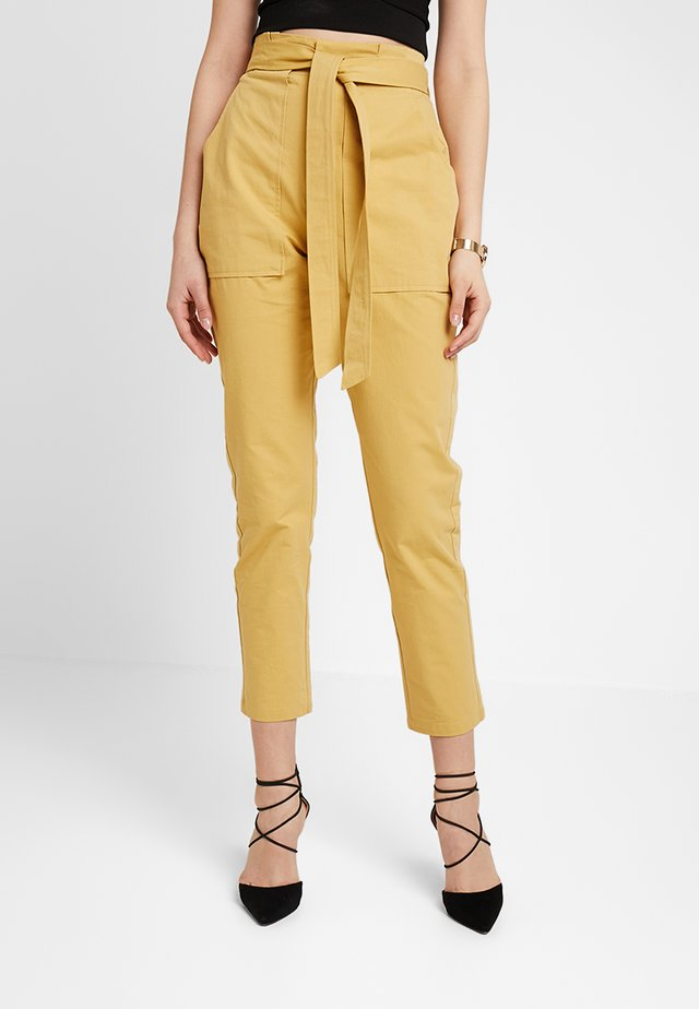 Pantaloni - yellow