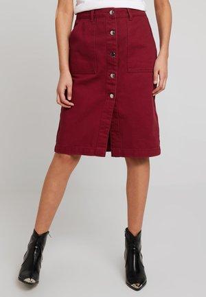 A-line skirt -  berry
