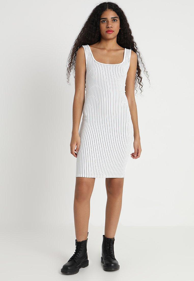 TWINTIP - Vestido de tubo - white