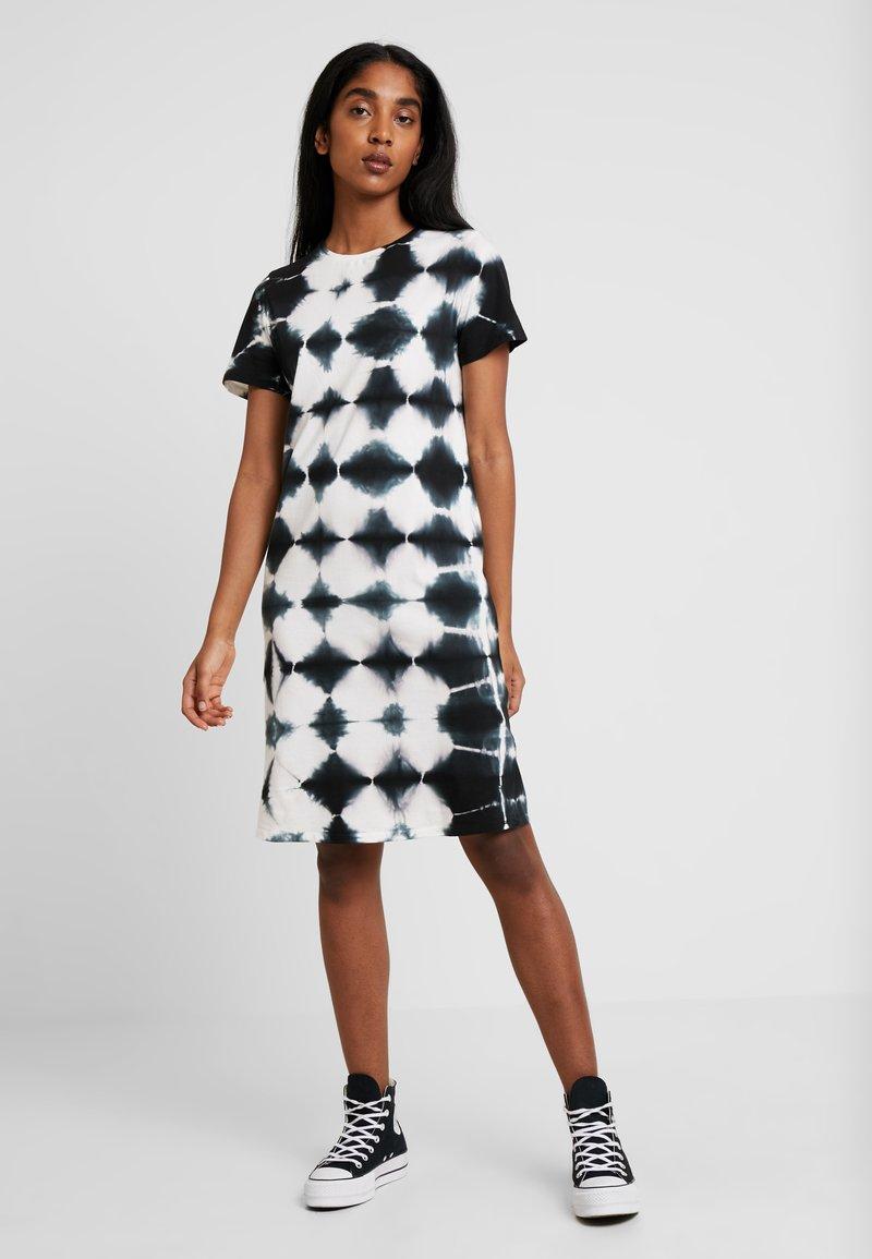 TWINTIP - Jerseykleid − weiß