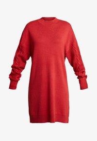 TWINTIP - CABLE SLEEVE DRESS - Pletené šaty - burgundy - 5
