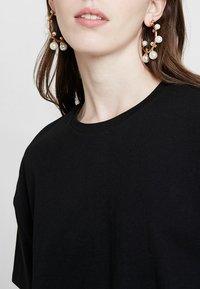 TWINTIP - T-shirts print - black - 4