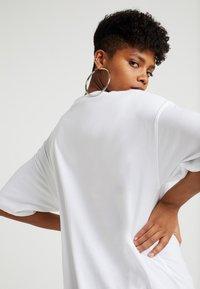 TWINTIP - Camiseta estampada - white - 3