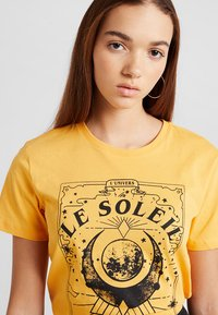 TWINTIP - T-shirt med print - yellow - 3