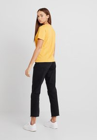 TWINTIP - T-shirt med print - yellow - 2