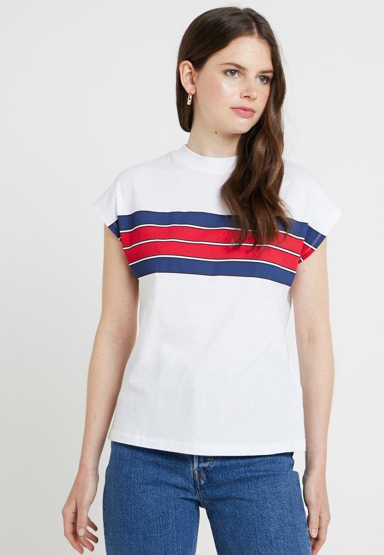 TWINTIP - Print T-shirt - white/blue/red