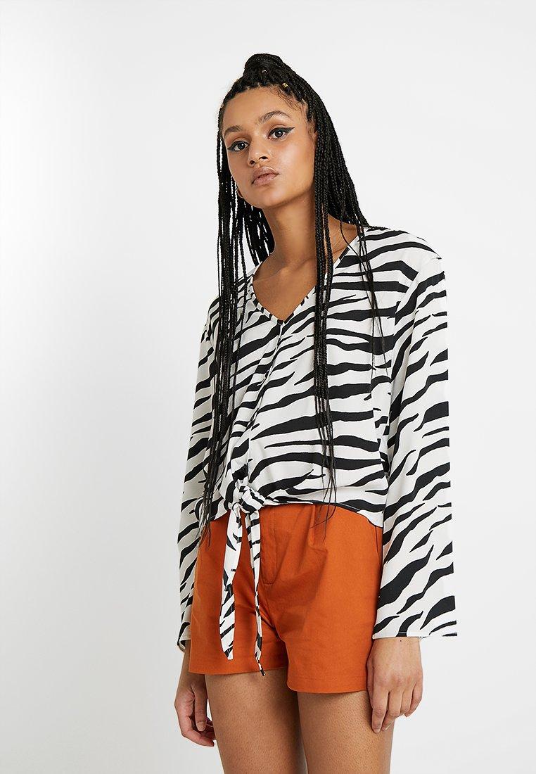 TWINTIP - Bluse - white/black
