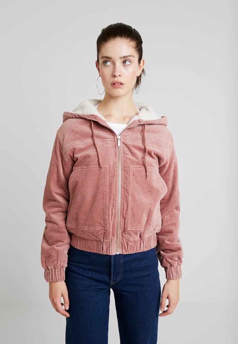 TWINTIP - Chaqueta de entretiempo - white/pink