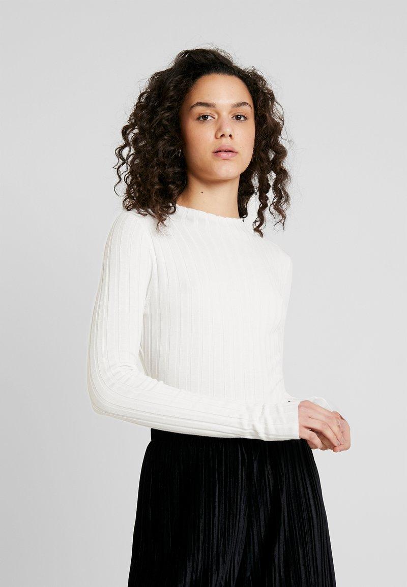 TWINTIP - Strickpullover - white