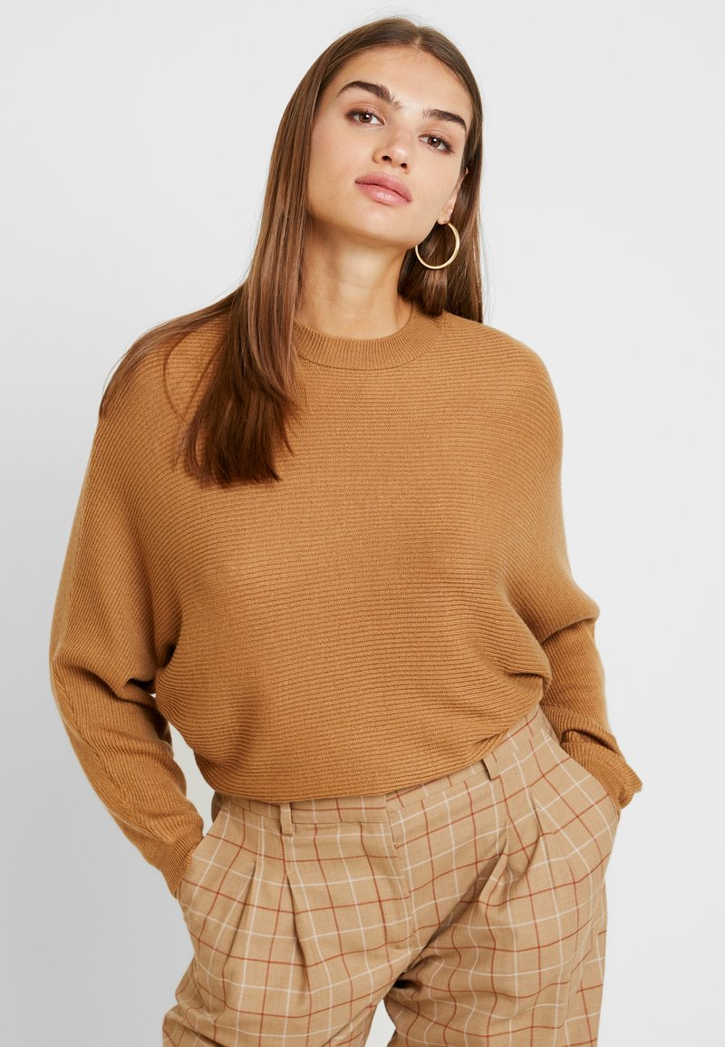 TWINTIP - Strickpullover - light brown