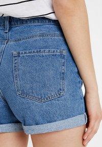 TWINTIP - Jeans Short / cowboy shorts - blue denim - 3