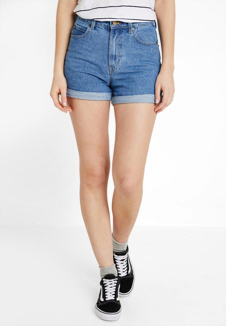 TWINTIP - Jeans Shorts - blue denim