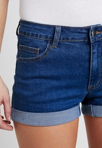 TWINTIP - Jeans Short / cowboy shorts - mid blue - 5