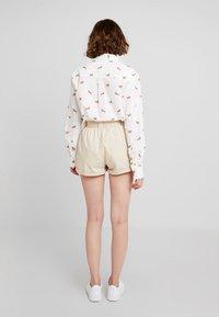 TWINTIP - Shorts - beige - 2