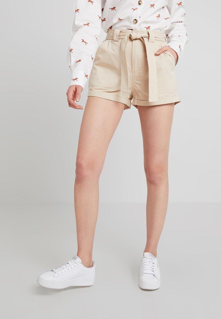 TWINTIP - Shorts - beige