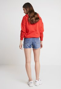 TWINTIP - Shorts vaqueros - mid blue denim - 2