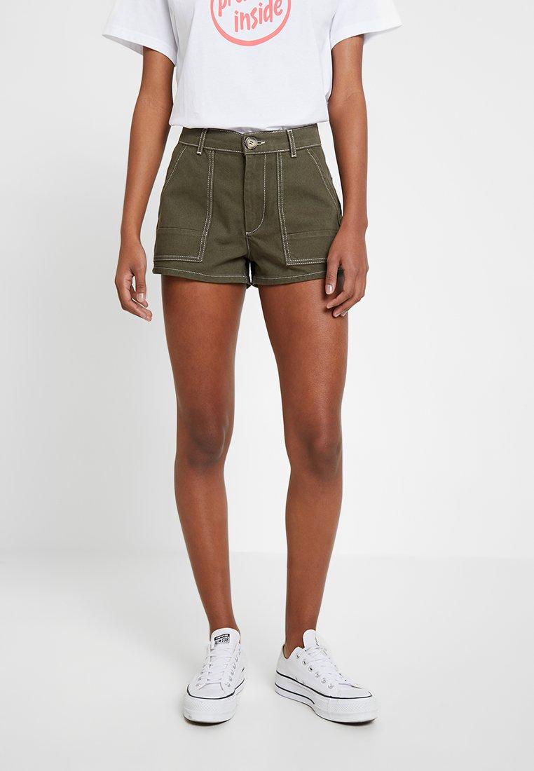 TWINTIP - Jeans Shorts - khaki