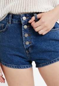 TWINTIP - Shorts vaqueros - dark-blue denim - 4