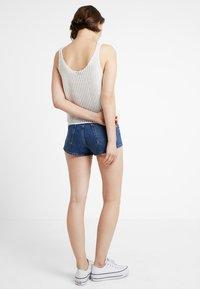 TWINTIP - Shorts vaqueros - dark-blue denim - 2