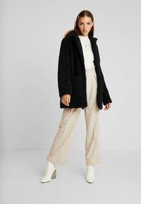 TWINTIP - Zimní kabát - black - 1