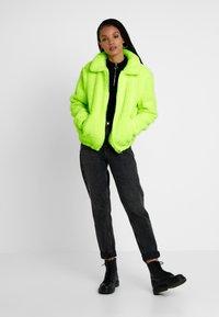TWINTIP - Zimní bunda - neon yellow - 1
