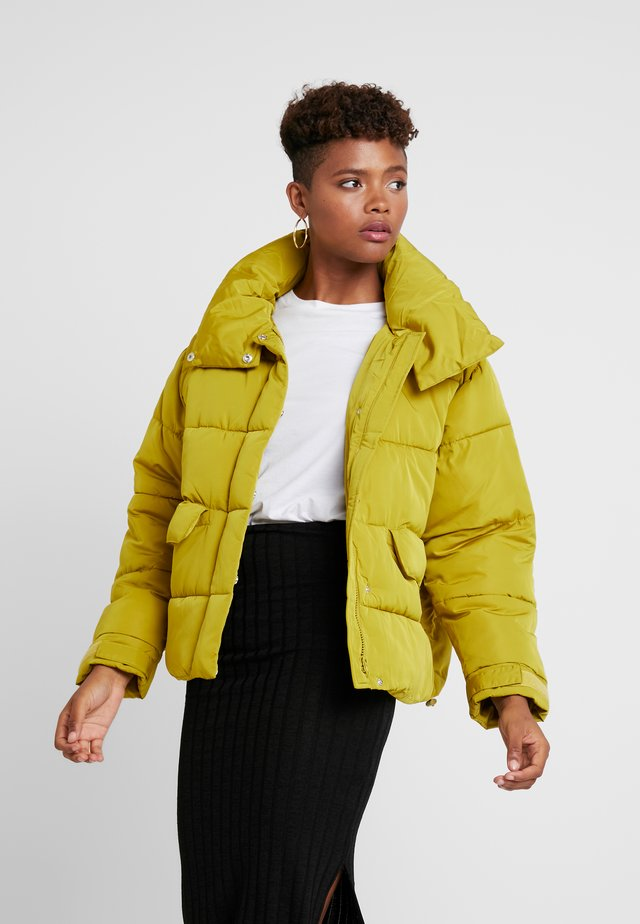 Winterjacke - yellow