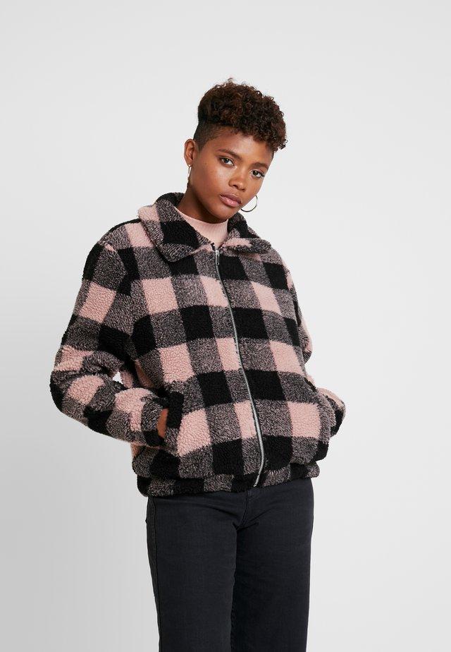 Zimní bunda - black/pink