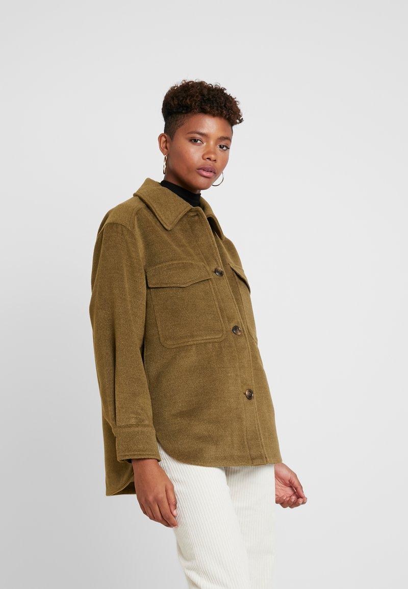 TWINTIP - Krótki płaszcz - khaki