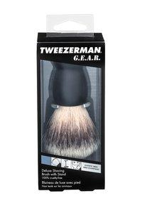 Tweezerman - GEAR SHAVE BRUSH AND STAND - Pędzel do golenia - - - 1