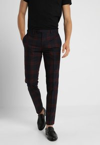Twisted Tailor - GINGER TARTAN SUIT - Completo - wine - 4