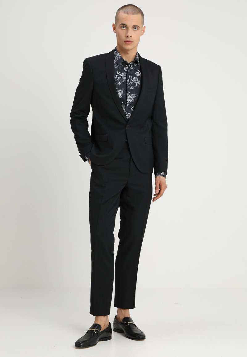 Twisted Tailor - HEMINGWAY SUIT - Completo - black