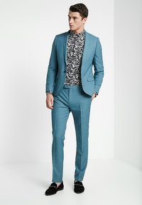 Twisted Tailor - HEMINGWAY SUIT  - Completo - bluestone - 1