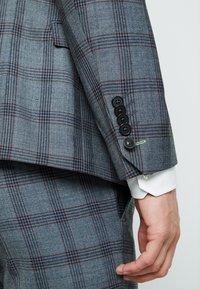 Twisted Tailor - SACRED SUIT SKINNY FIT - Traje - blue - 16