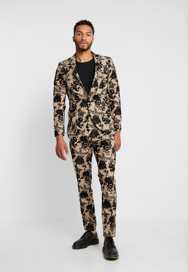 Twisted Tailor - THOMSON SUIT  - Completo - tan