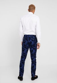 Twisted Tailor - HYENA SUIT SKINNY FIT EXCLUSIVE - Garnitur - navy - 5