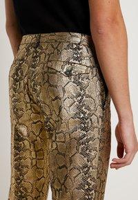 Twisted Tailor - BRAGA SUIT SKINNY FIT - Oblek - gold - 6