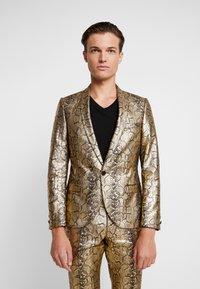 Twisted Tailor - BRAGA SUIT SKINNY FIT - Oblek - gold - 2