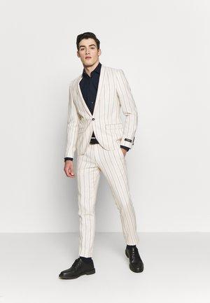 BUFONI SUIT - Suit - stone
