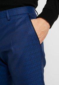 Twisted Tailor - REGAN SUIT - Suit - blue - 9