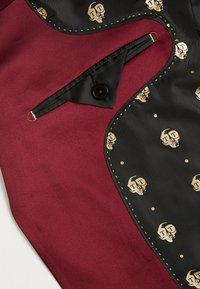 Twisted Tailor - DRACO SUIT - Oblek - bordeaux - 8