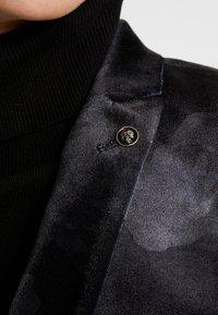 Twisted Tailor - KEMBER - Blazer - grey - 4