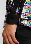 Twisted Tailor - PRIDE LIQUORICE SHIRT EXCLUSIVE - Hemd - rainbow